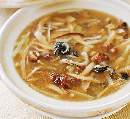 Duck Meat Bamboo Mushroom Soup